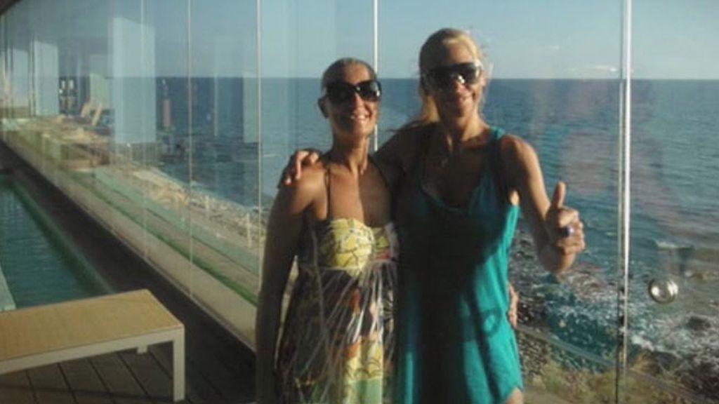 Las vacaciones de Belén Esteban y su amiga Mariví