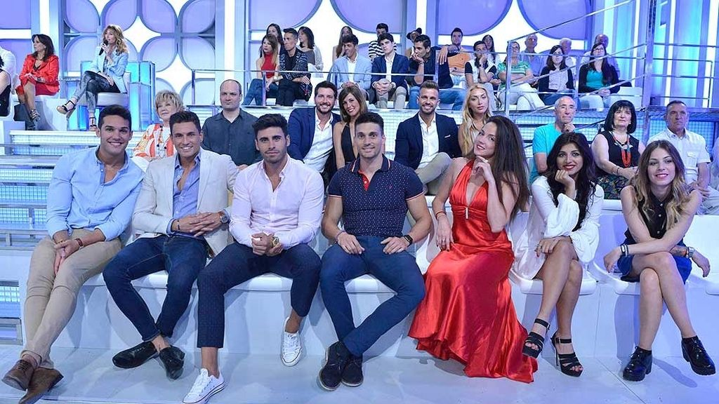 Emma García estrena nuevo plató con los viceversos