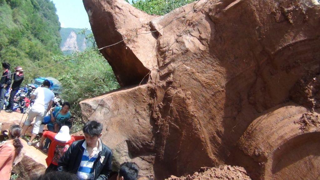 1564 muertos y más de 5.500 heridos en un terremoto en Sichuan