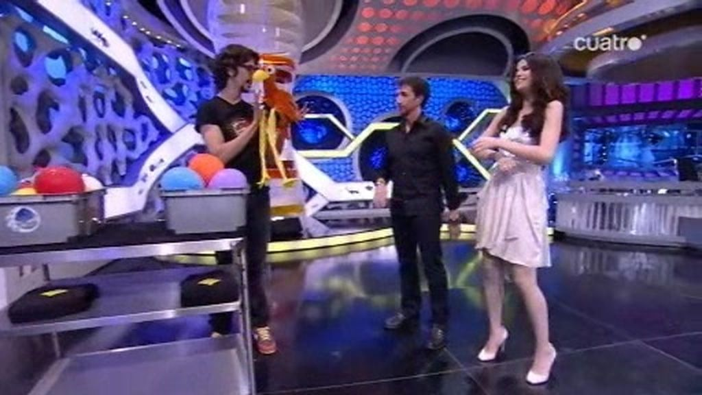 Selena Gómez participa en el castigo a Marron