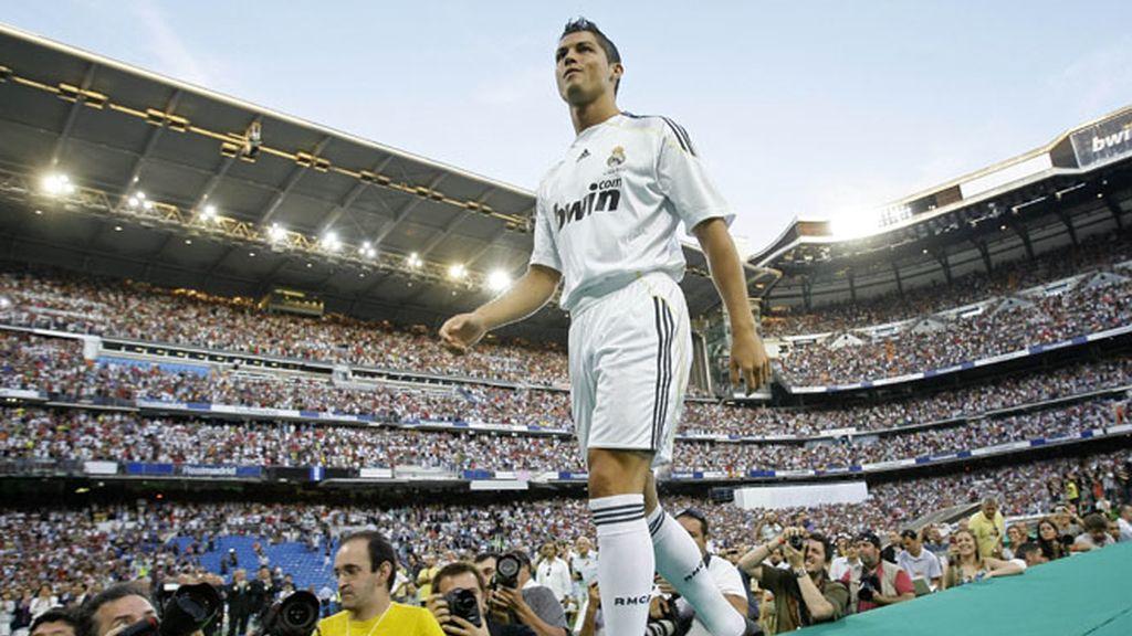Lleno total en el Bernabéu para recibir a Ronaldo