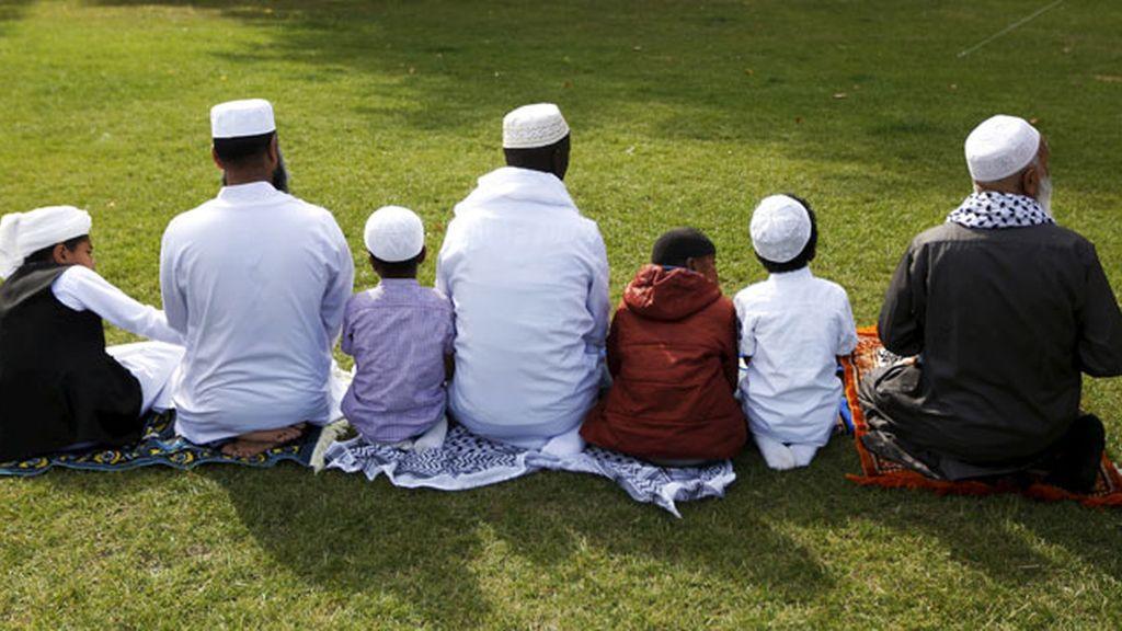 familia musulmana en Reino Unido