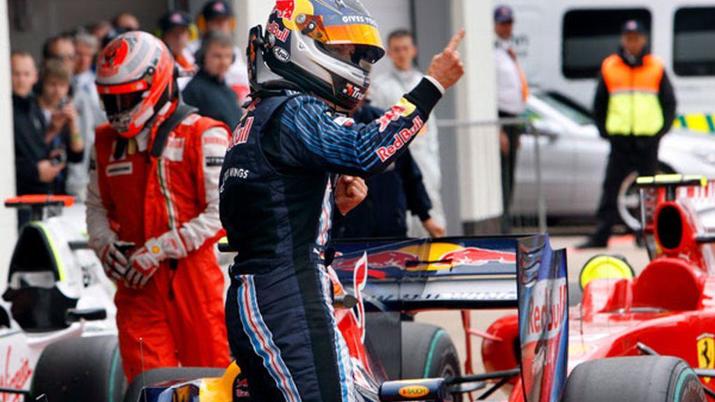 Vettel celebra su victoria en los libres