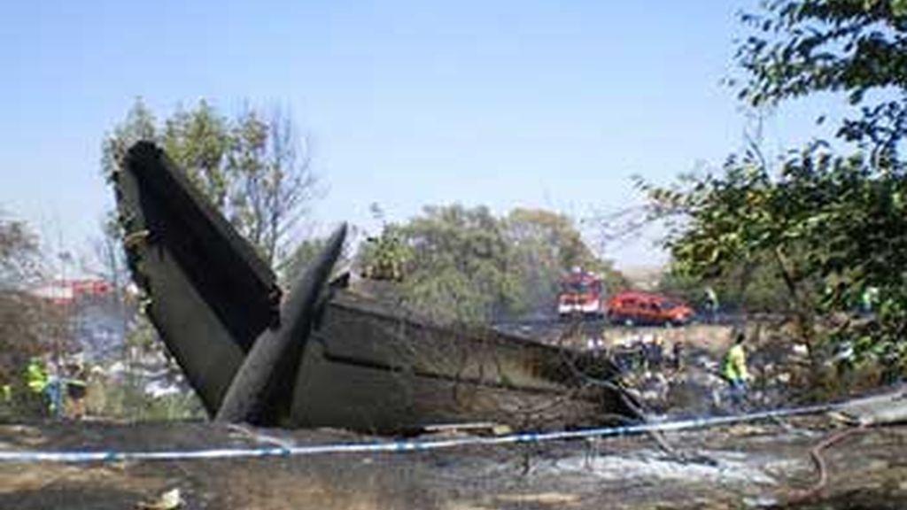El accidente de Barajas ha sido la noticia más destacada del año 2008 para los lectores de Informativos Telecinco. Foto: EFE