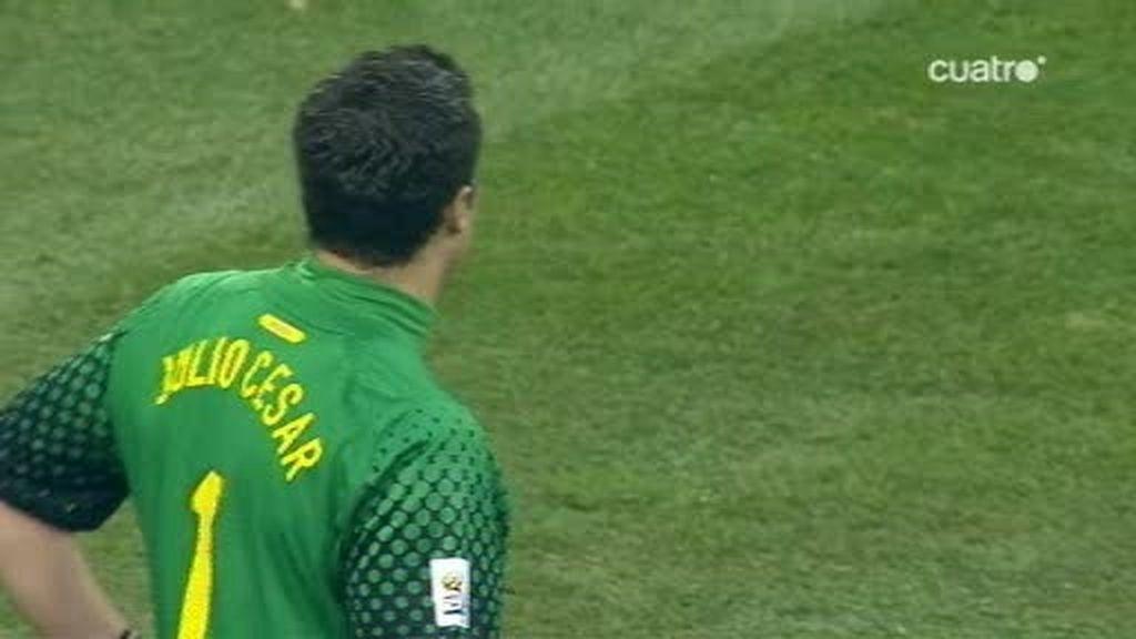 Julio César y Melo facilitan el empate (Holanda 1 - 1 Brasil, min. 54)