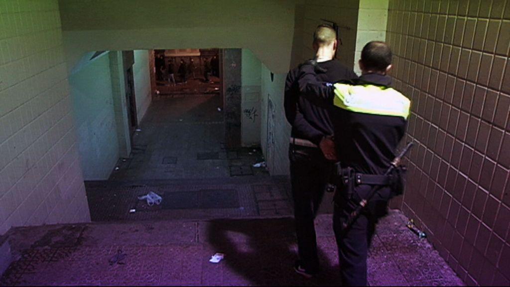 Primeras imágenes de 'Polis de paisano'