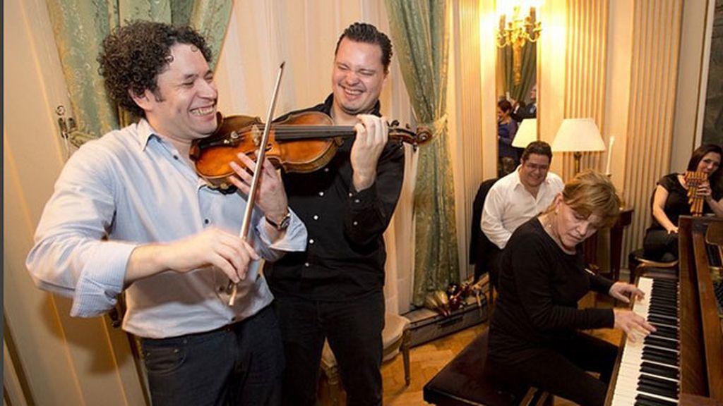 En 2012 ganó un Grammy por la dirección de 'Sinfonía n.º 4 de Brahms'