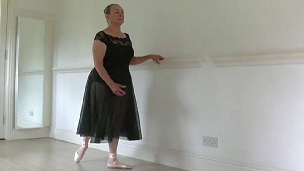Doren Pechey, la anciana bailarina de ballet clásico que asombra a la Royal Academy de Londres