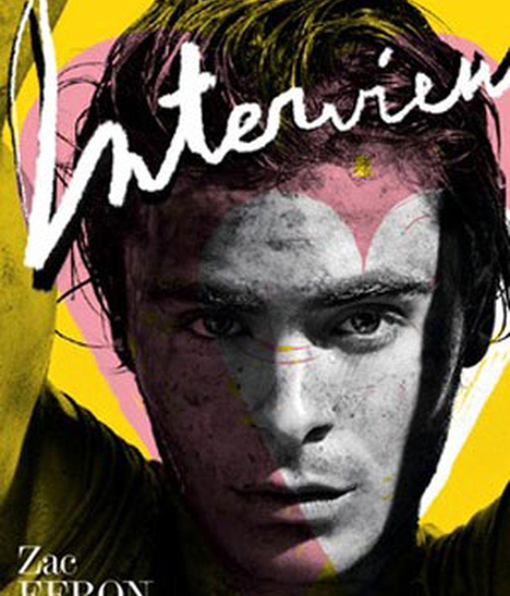 Zac Efron, revolcado en el lodo por 'Interview'
