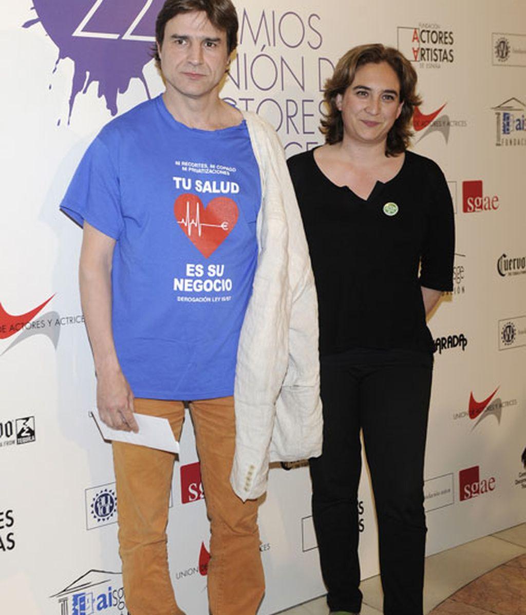 Los actores Alberto San Juan y Ada Colau
