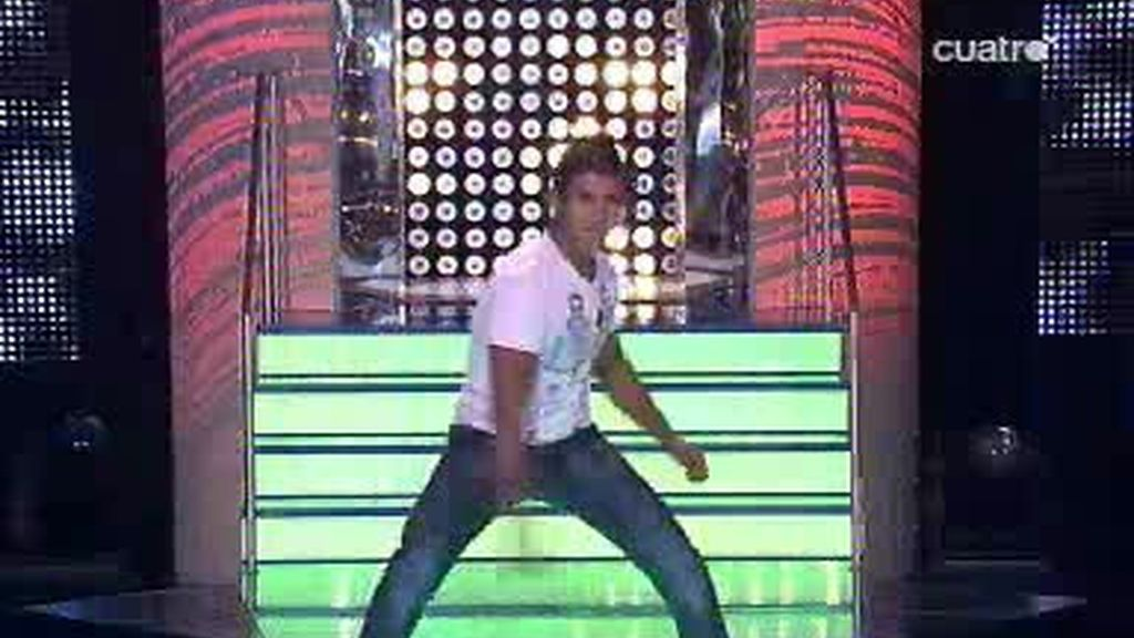 ¡Menudo baile se marcó Diego!