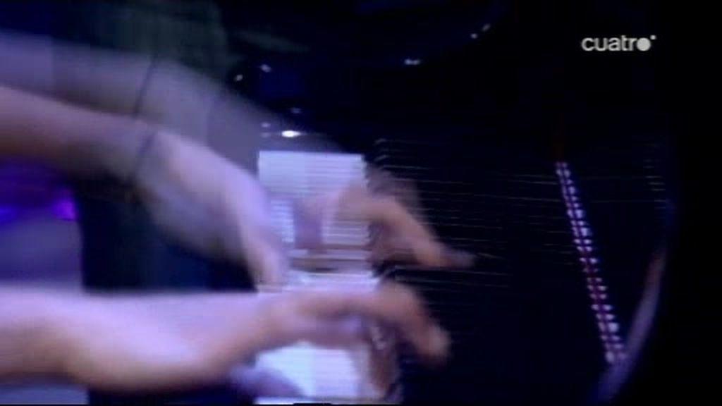 Tocar el piano a toda velocidad