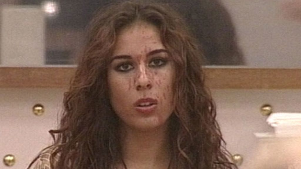 """Indhira: """"Ya no puedo estar sin maquillar, soy un cuadro"""""""