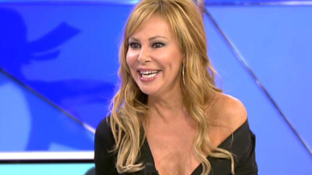 Ana Obregón se desnuda todo en el Deluxe