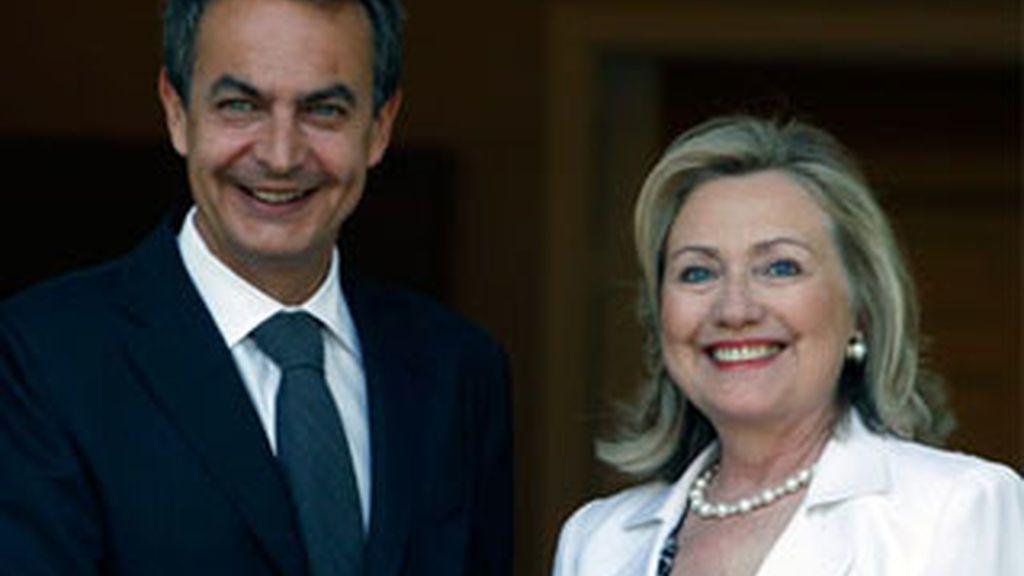 Zapatero recibe a Hillary Clinton en La Moncloa