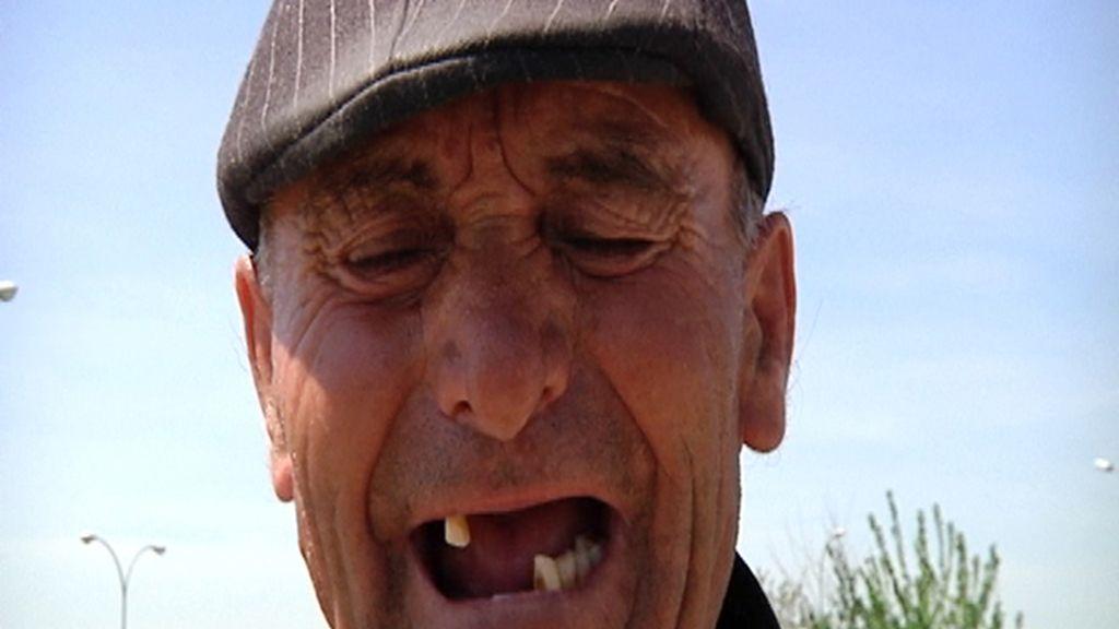 Señor sin dientes