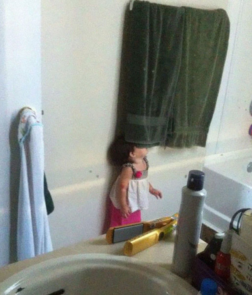 Los niños creen que si ellos no pueden verte, tú no les verás tampoco