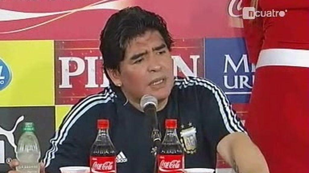 Argentina estará en Sudáfrica, pero Maradona no sabe ganar