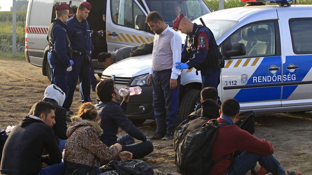 Hungría detiene a 16 inmigrantes por entrar ilegalmente desde Serbia