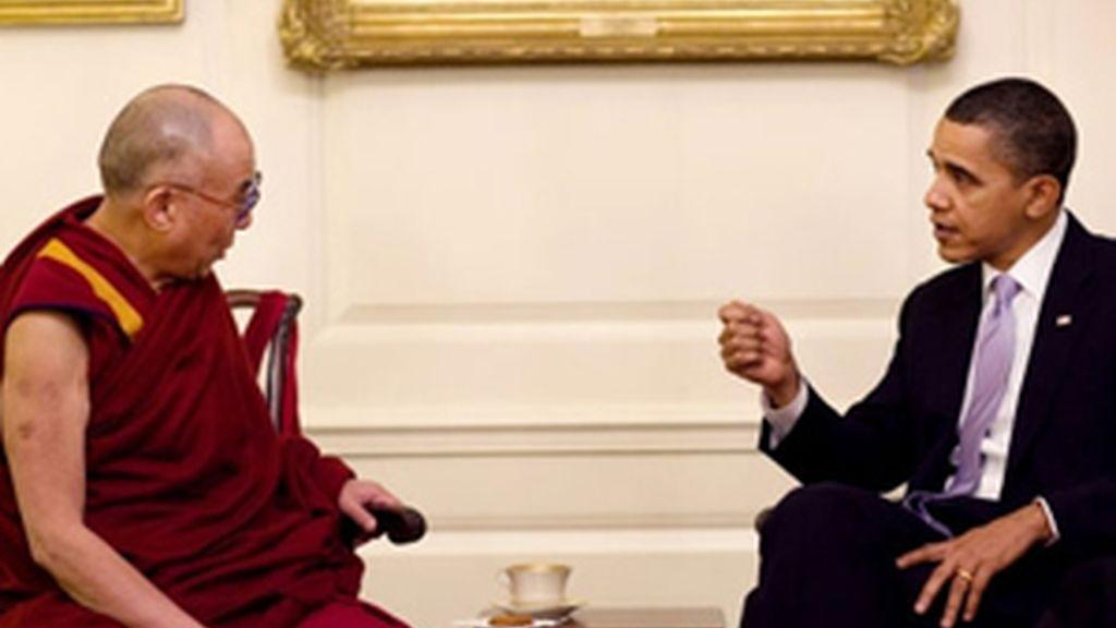 Obama y el Dalai Lama durante la reunión