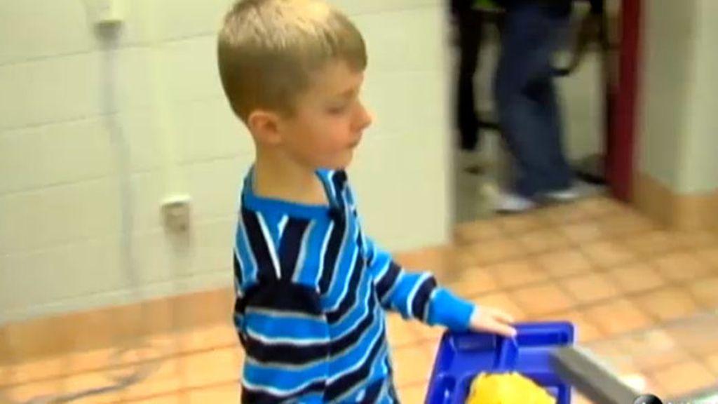 Un niño de 8 años soluciona un problema que no pudo arreglar el Gobierno de EEUU