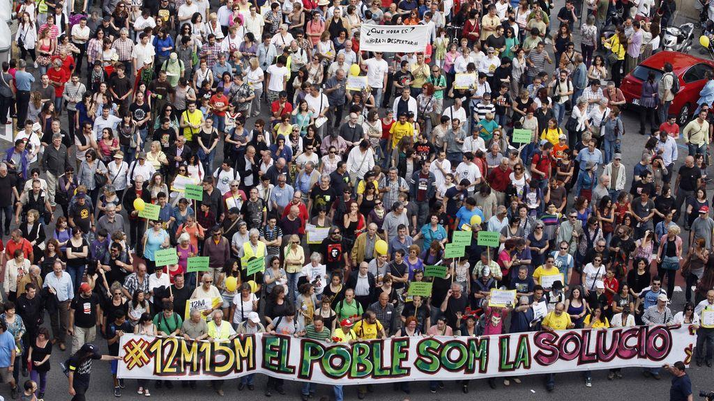 Masiva afluencia de gente en toda España en el primer aniversario del 15M