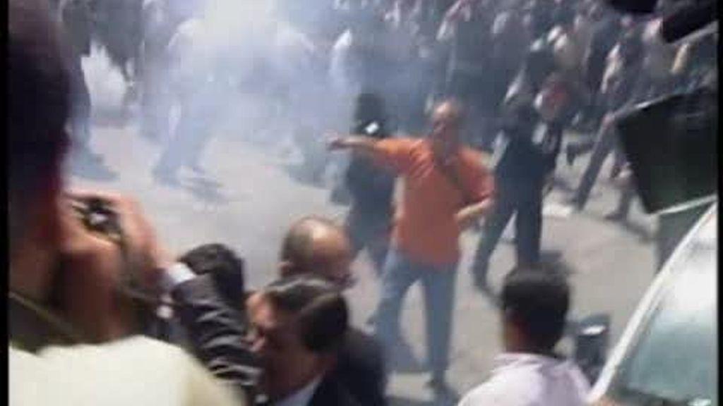 Correa denuncia un intento de golpe de Estado