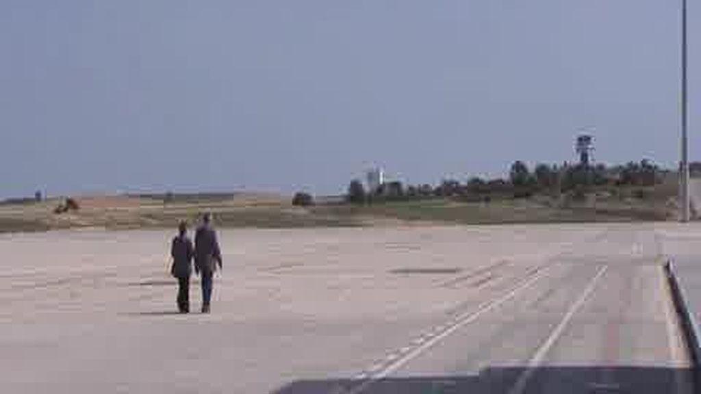 A falta de aviones...