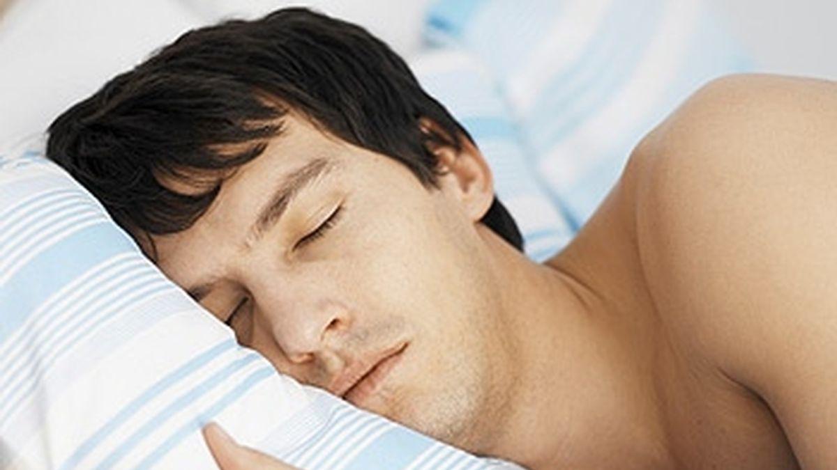 hombre duerme, persona dormida, sueño