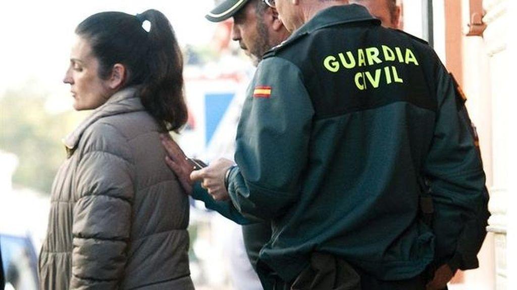La madre de los dos bebés hallados congelados en Pilas (Sevilla) pide su libertad