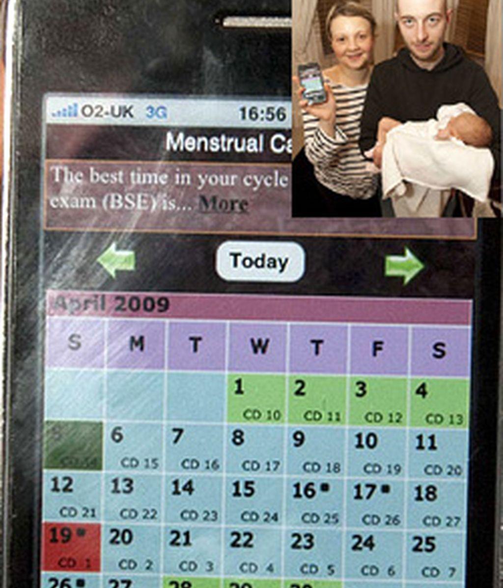 La pareja con la niña que concibieron gracias a la exactitud de la aplicación del iPhone.