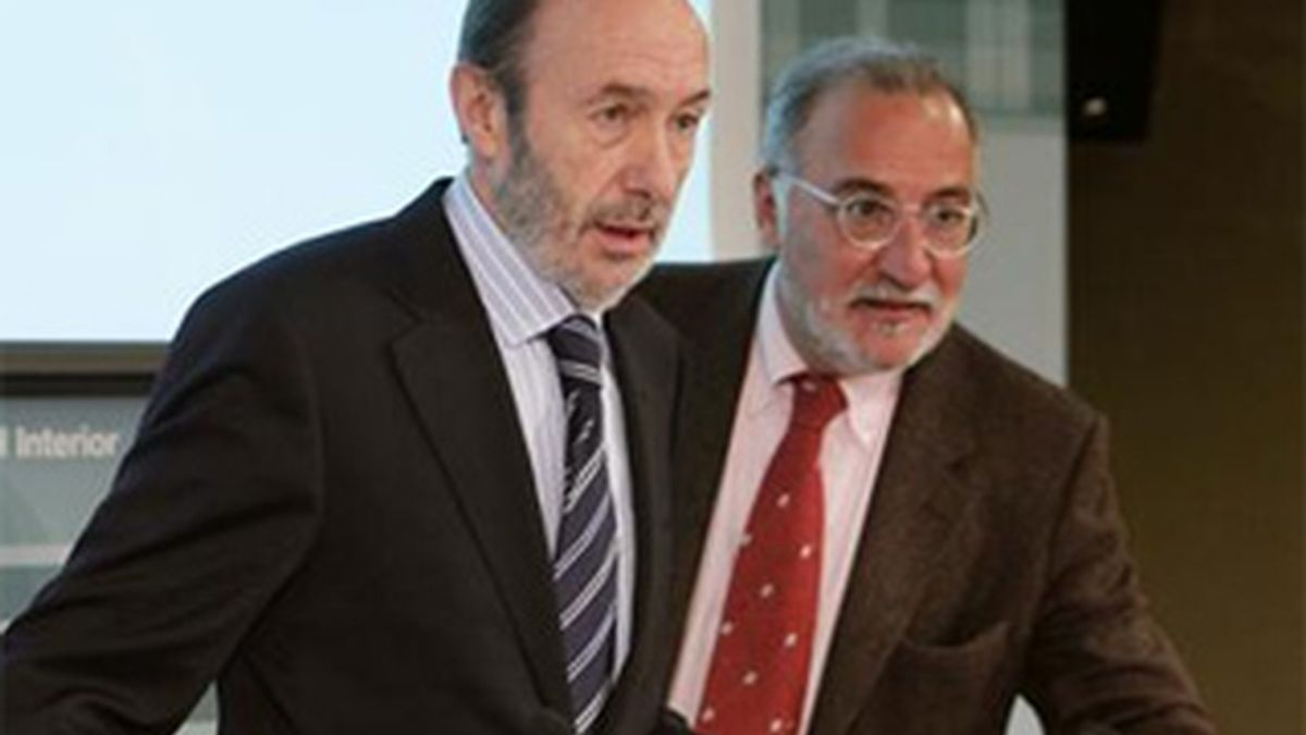 Alfredo Pérez Rubalcaba, ministro del Interior, en rueda de prensa.