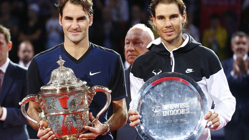 Nadal sucumbe ante Federer en la final de Basilea