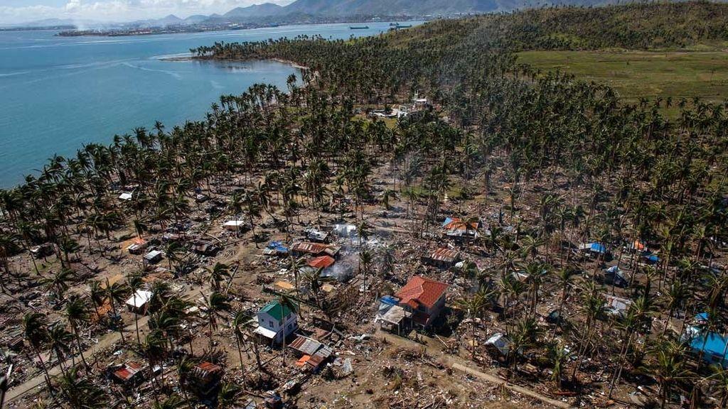 Vista aérea de Filipinas tras el paso del tifón Haiyan