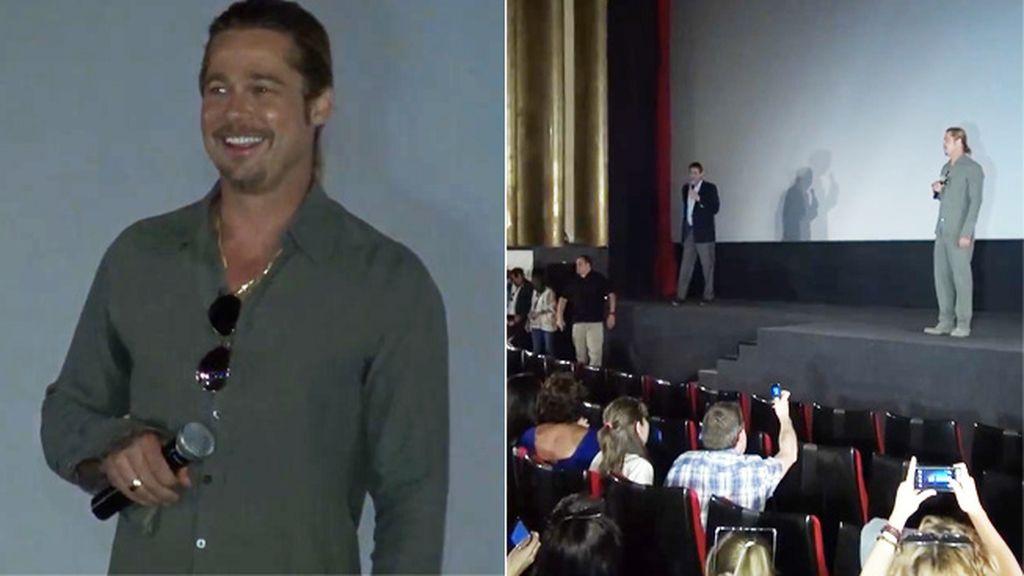 Brad Pitt aparece por sorpresa en el cine Capitol de Madrid