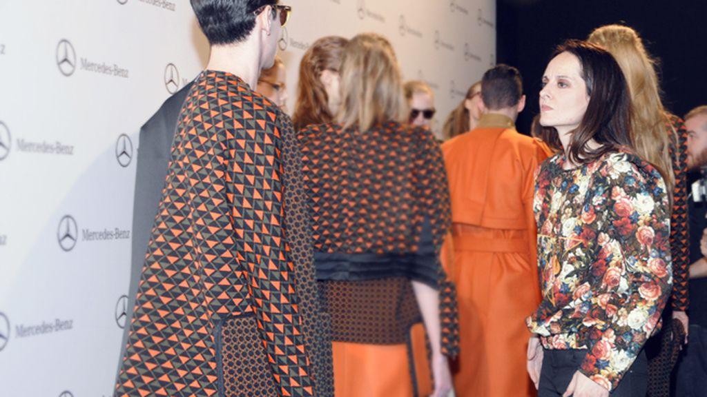 La diseñadora toledana repasa cada detalle de sus modelos para que todo esté perfecto a la hora de enfrentarse al público