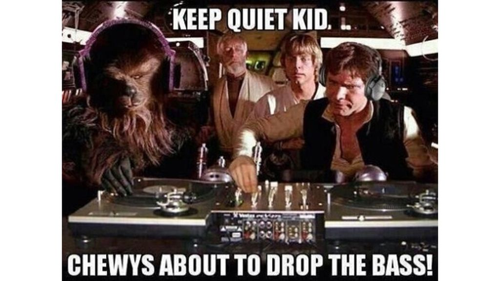 """""""Cállate chico, Chewbacca está a punto de perder el bajo"""""""