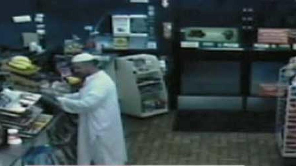 Nidal Malik Hasan acudió a comprar su café a la gasolinera de siempre