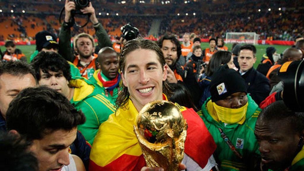 2010: Campeón de mundo en Sudáfrica con España