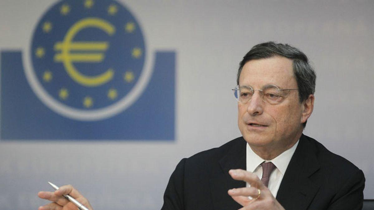 El presidente del BCE, Mario Draghi tras la rebaja histórica de los tipos de interés