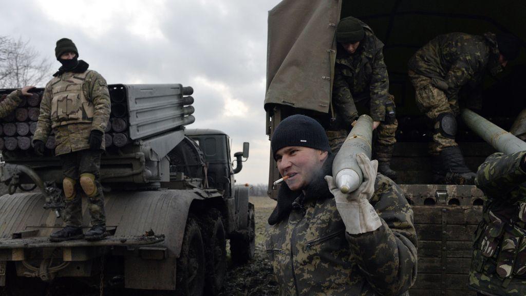 Rusia despliega 2.000 soldados en la frontera con Ucrania