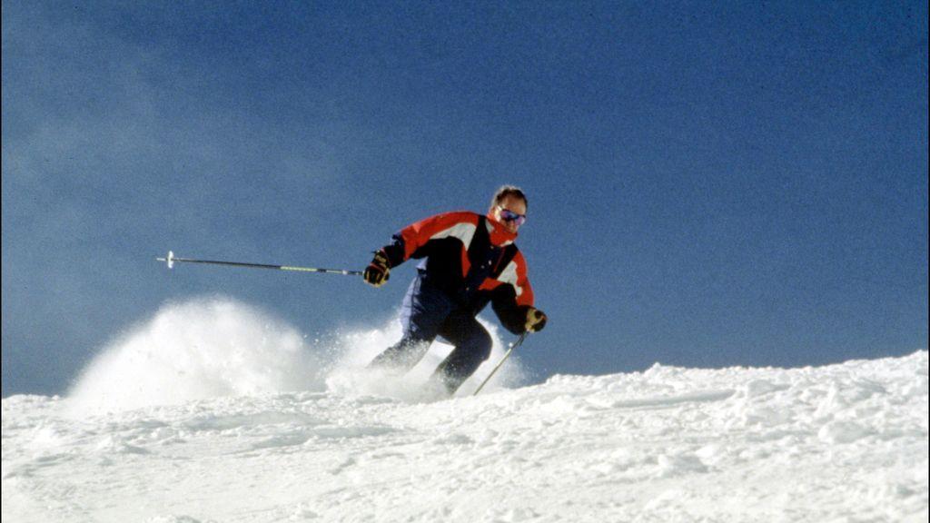 El Rey esquiando en 2001