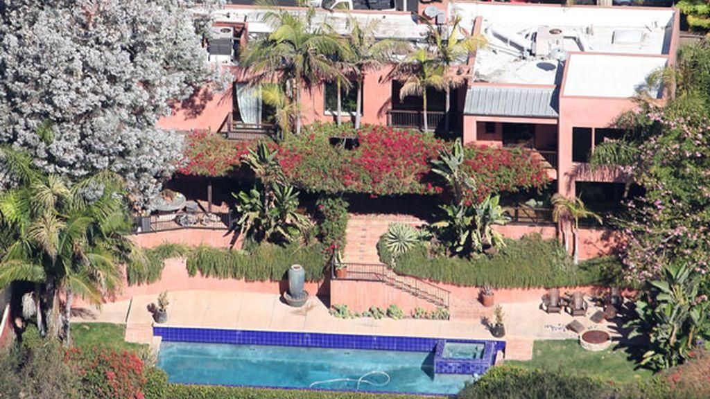 La residencia está situada en la exclusiva área 'Los Feliz', en California