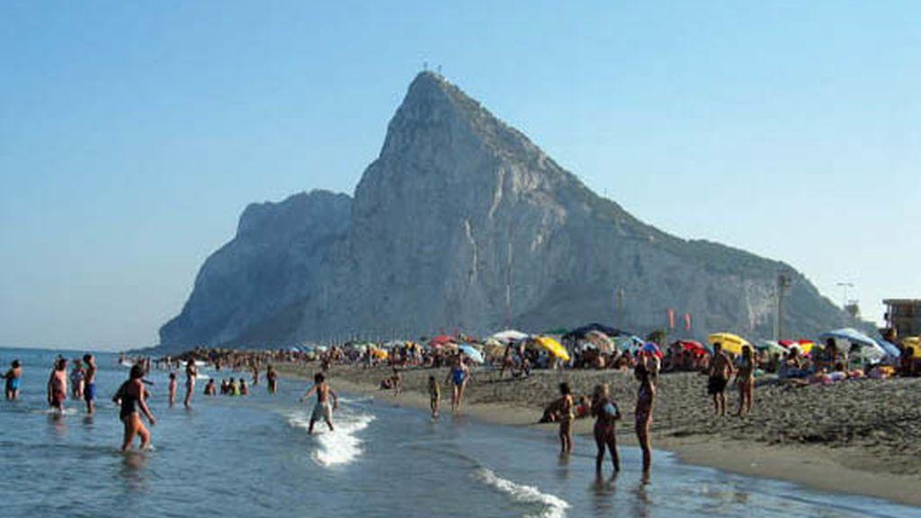Playa de Levante, La Línea San Sebastían