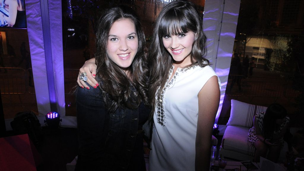 La actriz Lucía Ramos acudió acompañada por su prima Andrea