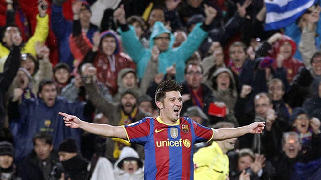 Villa celebrando el primer gol que le anotó al Madrid