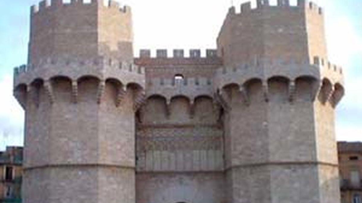 Las Torres de Serranos, una de las puertas que custodian la ciudad de Valencia.