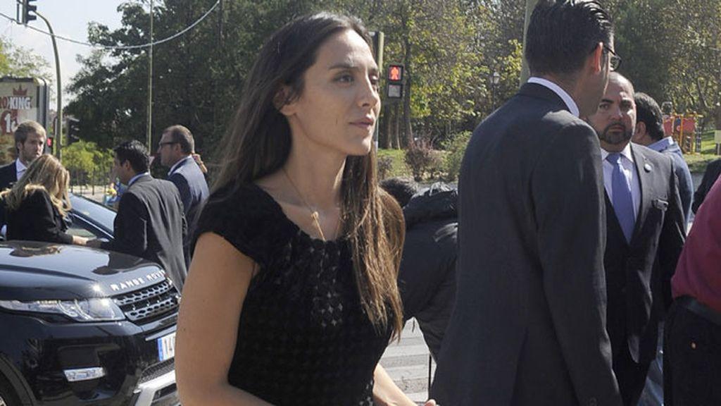 Tamara Falcó acudía al entierro de luto riguroso