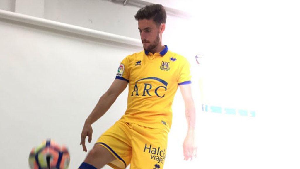 Equipación del Alcorcón en la temporada 2016/2017