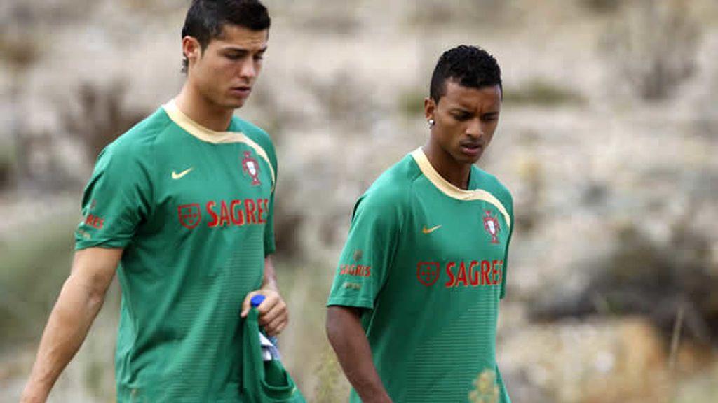 Cristiano Ronaldo se entrena con Portugal